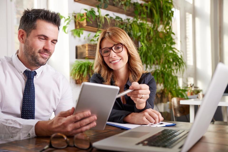 Beneficios del mentoría ¿Por qué las empresas necesitan mentores?